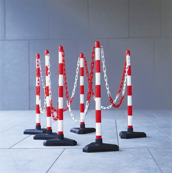 10m Chain Post Kit - 6 Posts, 10m Chain, 10 Hooks & Links - Red/White - Concrete Base